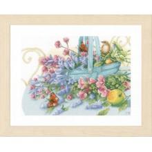 PN-0151015 Букет с бабочкой. LanArte. Наборы для вышивания крестиком.