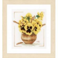 PN-0164071 Желтые фиалки. LanArte. Наборы для вышивания крестиком.