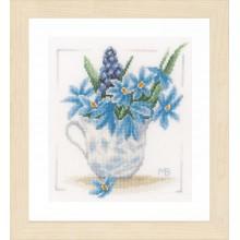PN-0164069 Голубые цветы. LanArte. Наборы для вышивания крестиком.